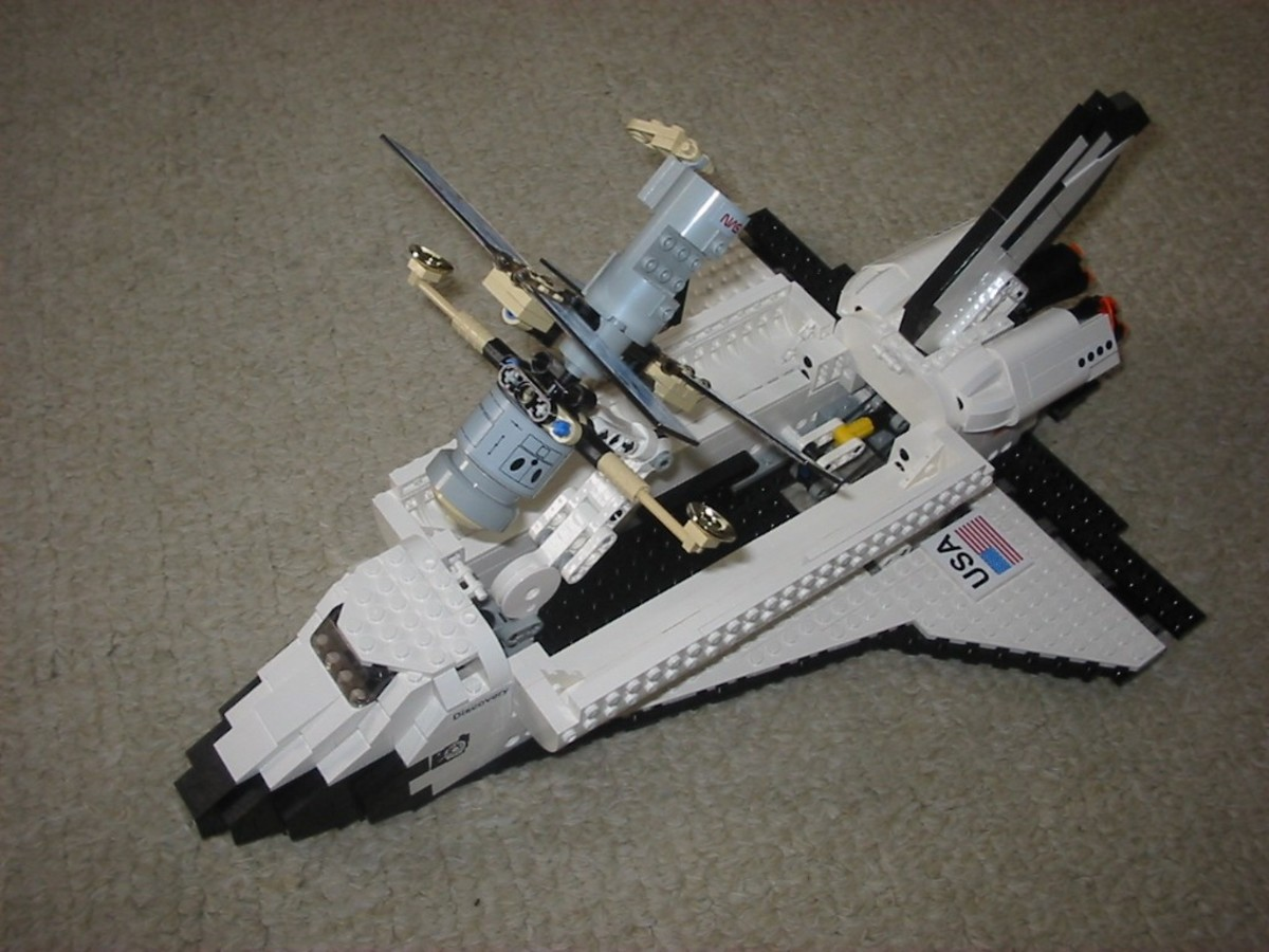LEGO Discovery Space Shuttle Discovery-STS-31 7470 Assembled