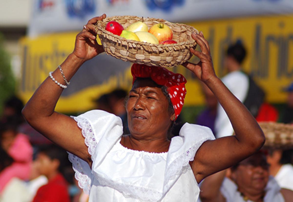 Afro Peruvian Women in the market..