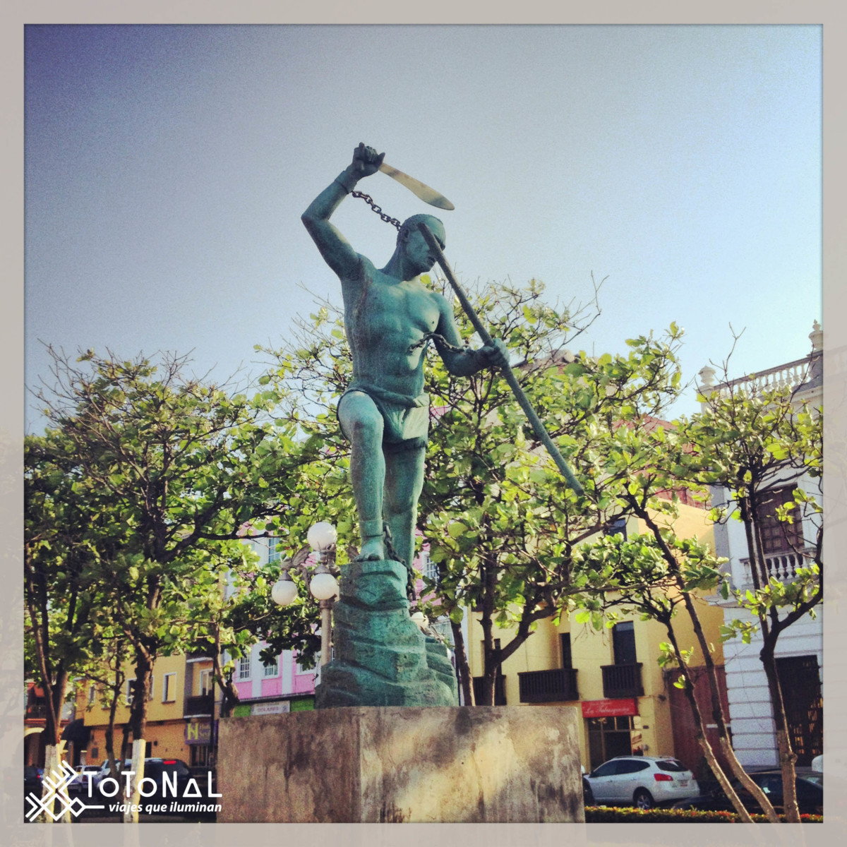 Statue of Gaspar Yanga