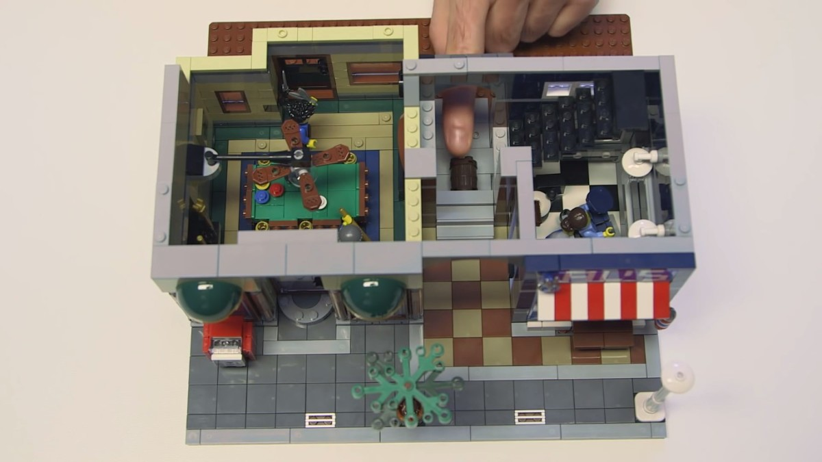 LEGO Creator Detective's Office Modular Building | The ground level. The pool hall and barbershop.