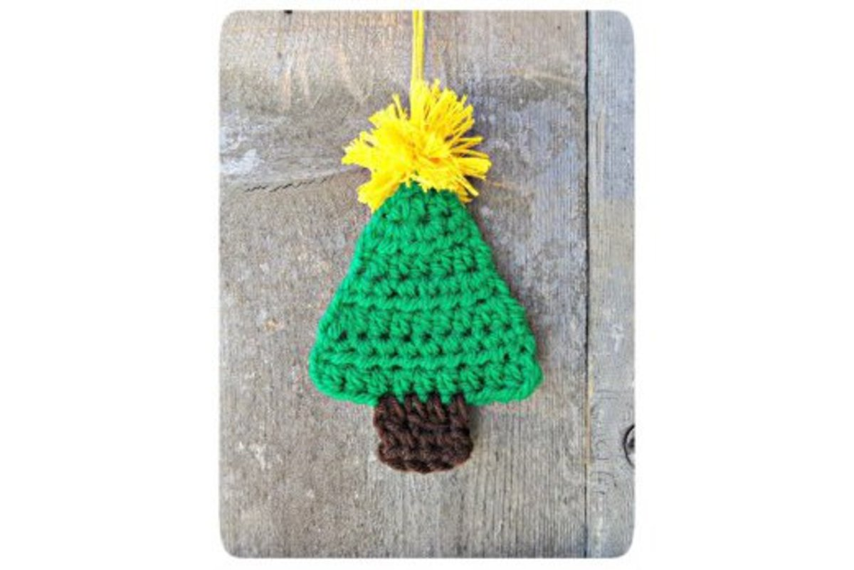 Free Applique Christmas Tree Crochet Patterns.