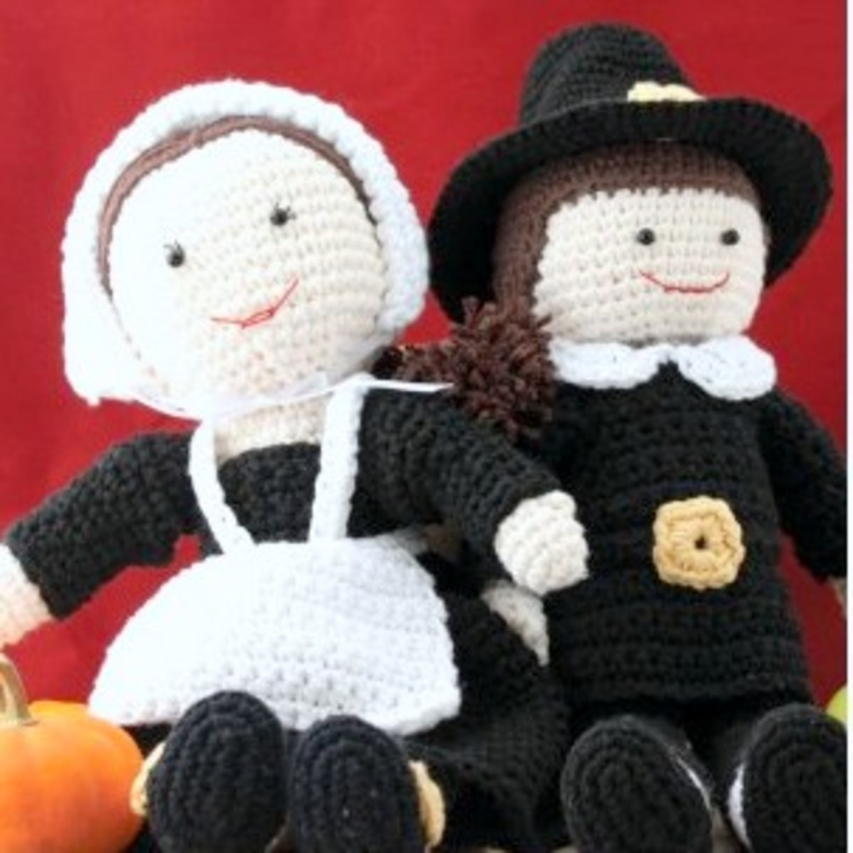 Free crochet pattern fall Thanksgiving pilgrim.