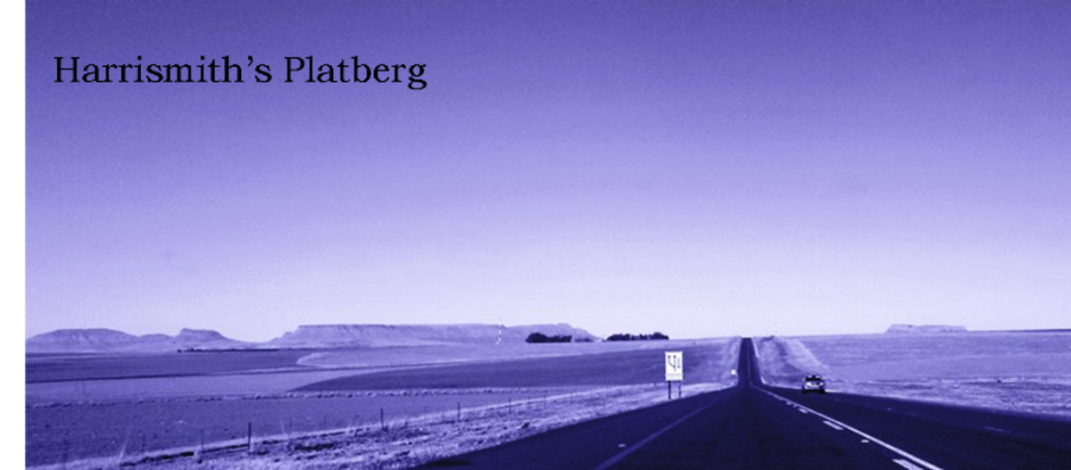 View on Platberg and neighbor-butte en route from Bethlehem to Harrismith, Free State, South Africa