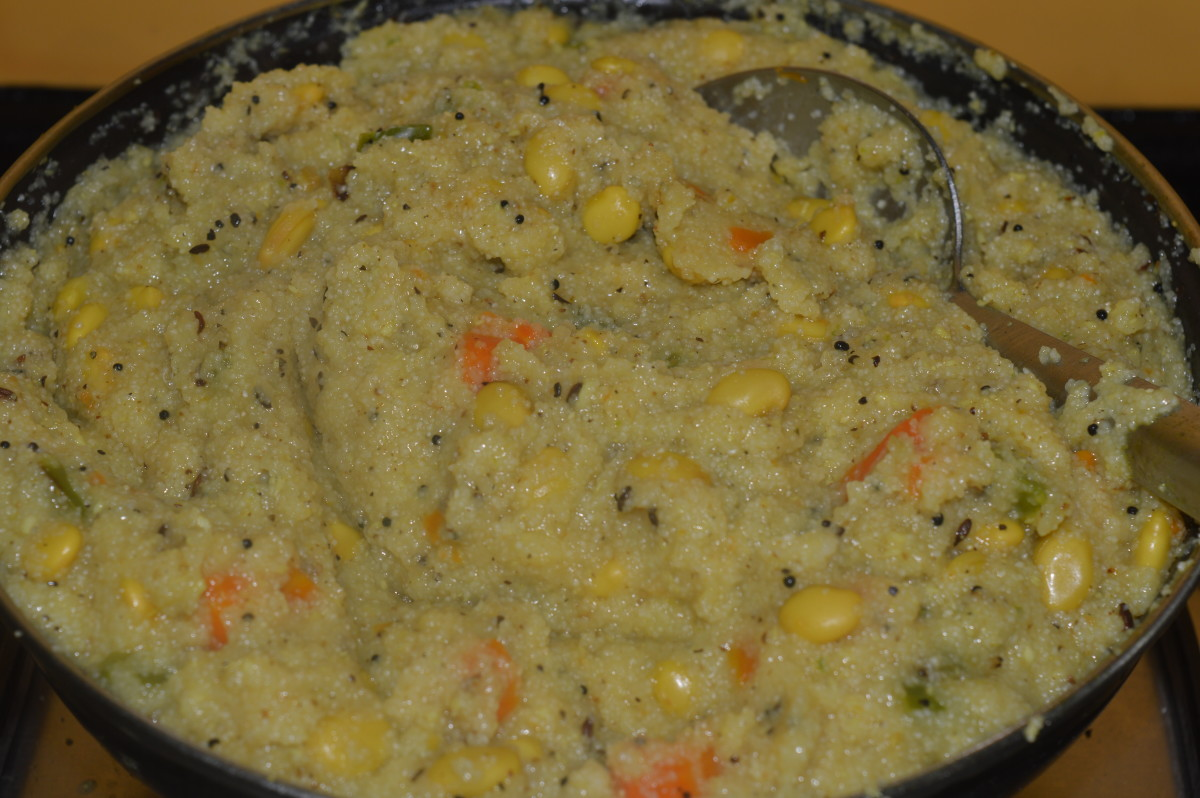 Semolina and Hyacinth beans porridge/upma