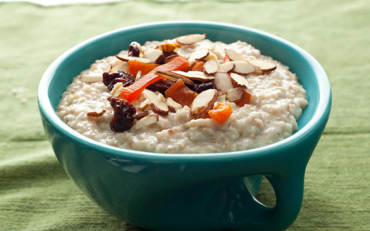 9 Reasons to Eat Oatmeal Every Day