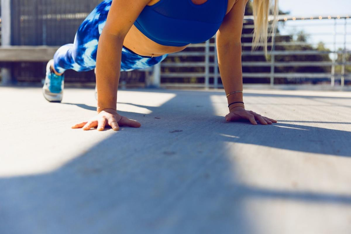 7 Incredible Lessons From Doing 100 Push-Ups Daily