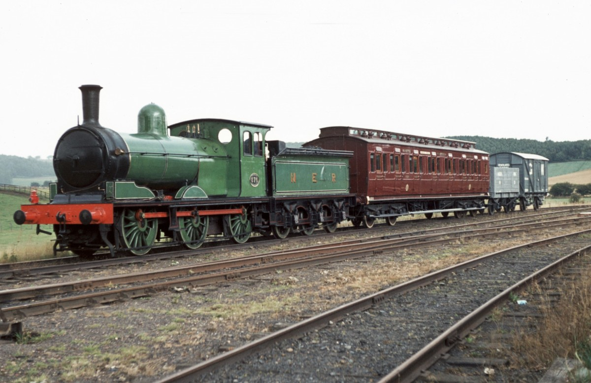 Compare the lining and livery of Class C1 - seen here with a demonstration local train at Beamish Open Air Museum, County Durham - with Class M1 above