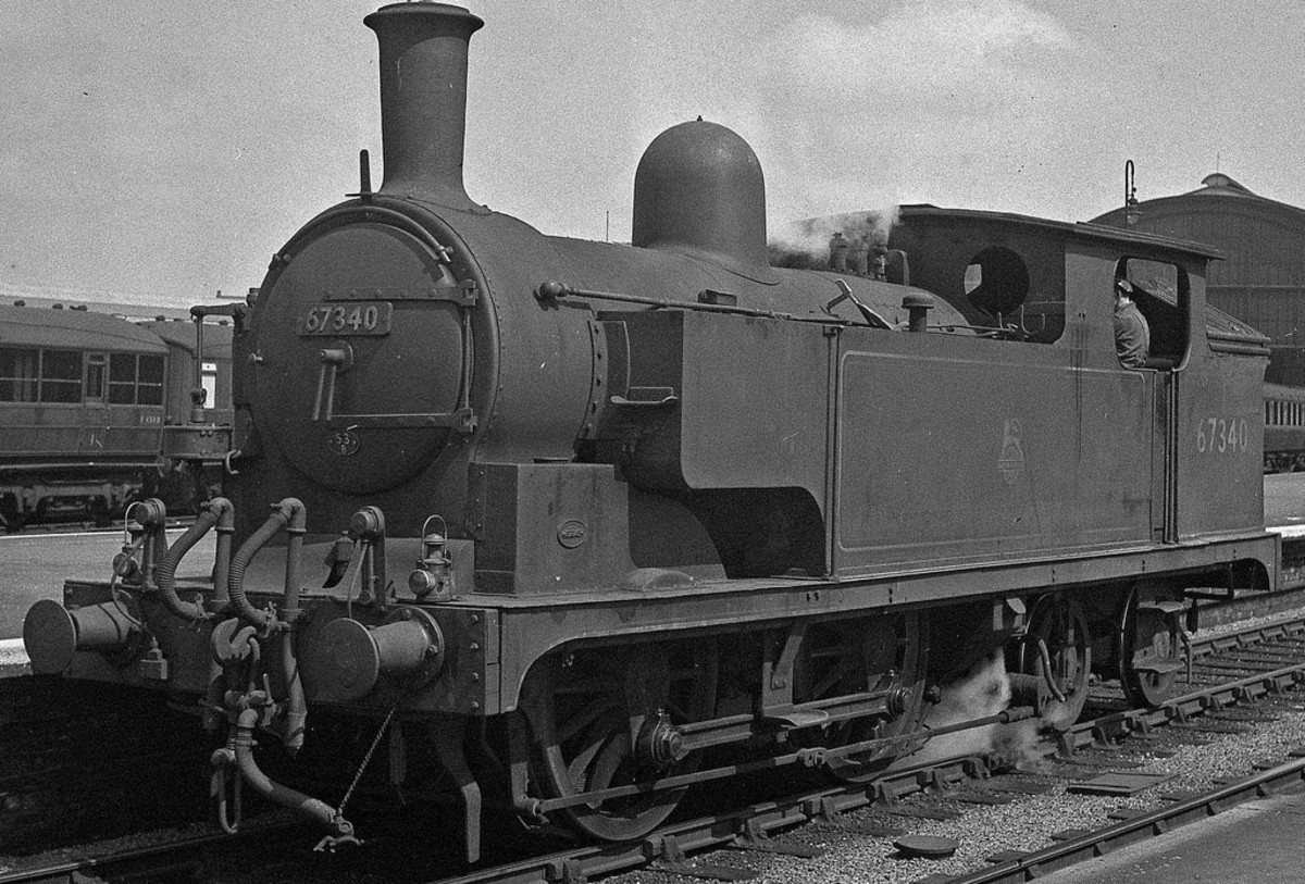 Class G5 67340 with extended side tank, the extra pipes on the front buffer beam here denote the engine was fitted for push-pull duties - common on NE branch lines to avoid run-around at termini