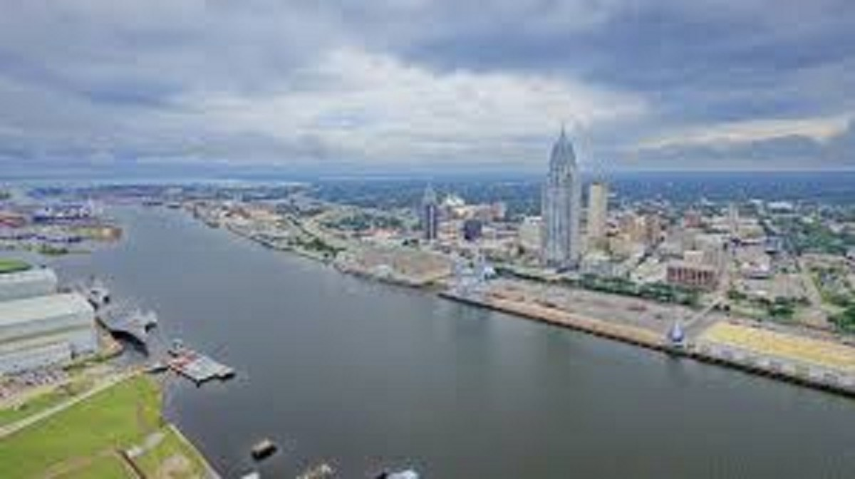 Mobile, Alabama. A city that used its strategic location to grow and grow.