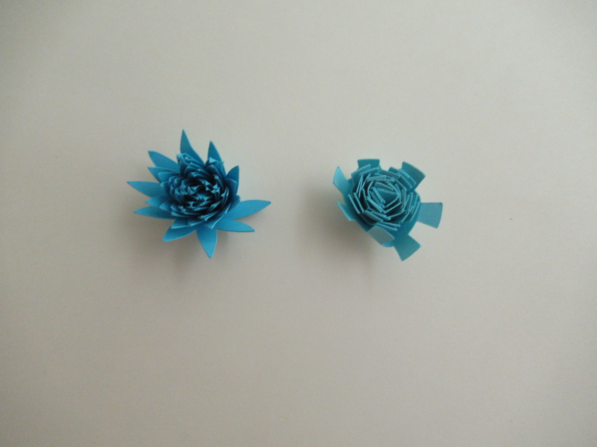 The size of your flowers depend on the size of your template, These are my smallest flower size