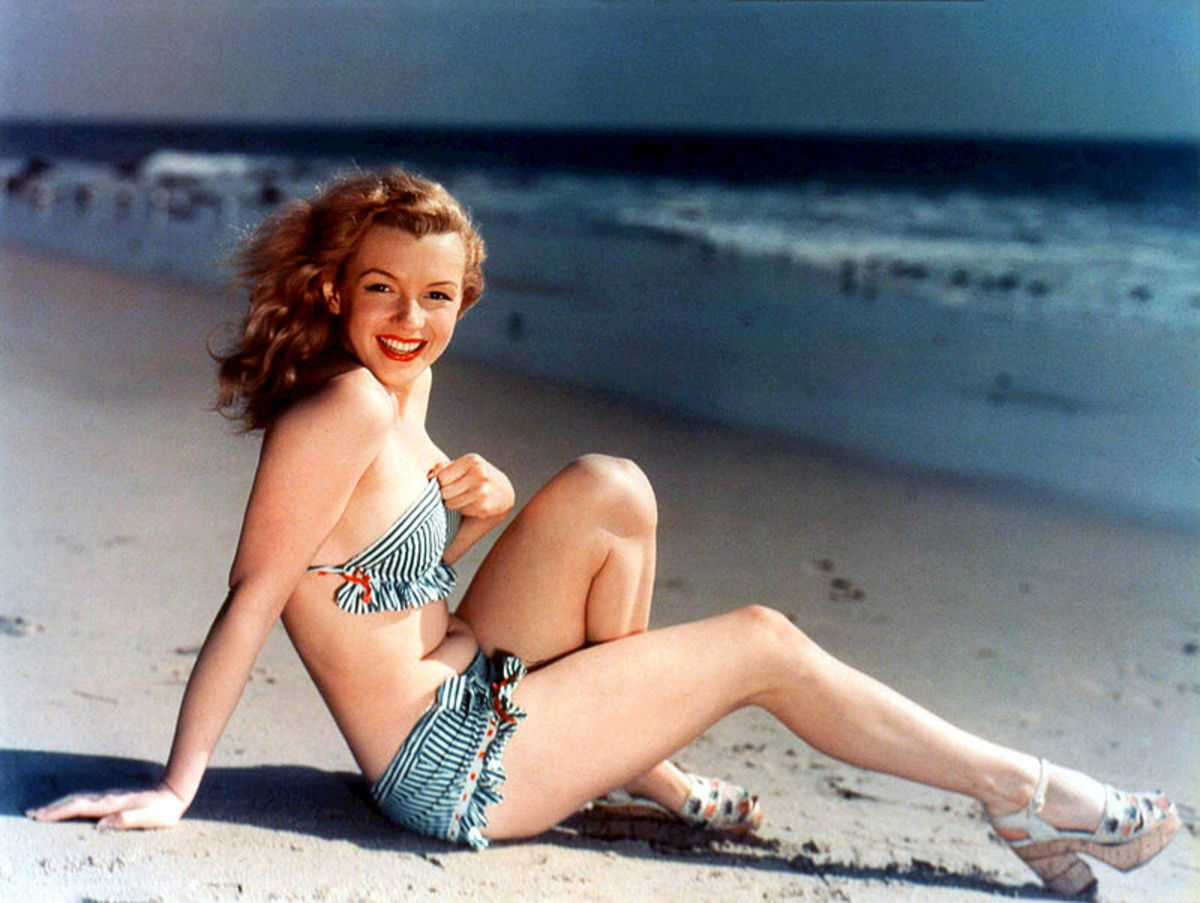 A postcard depicting Marilyn Monroe - probably needs no introduction - from the 1940s.
