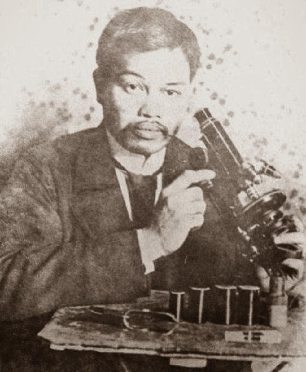 Antonio Luna, at the Institut Pasteur in Paris.