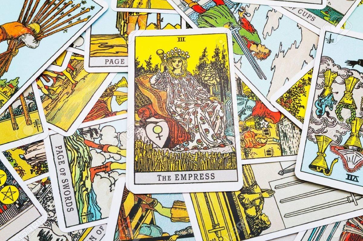 Top 10 Tarot Cards for Career