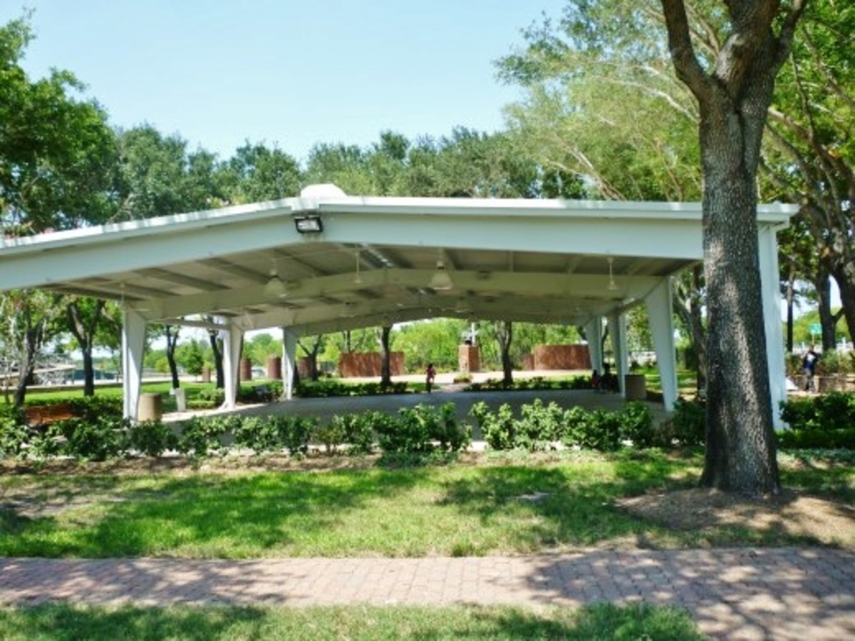 Another view of the pavilion at the Harris County War Memorial