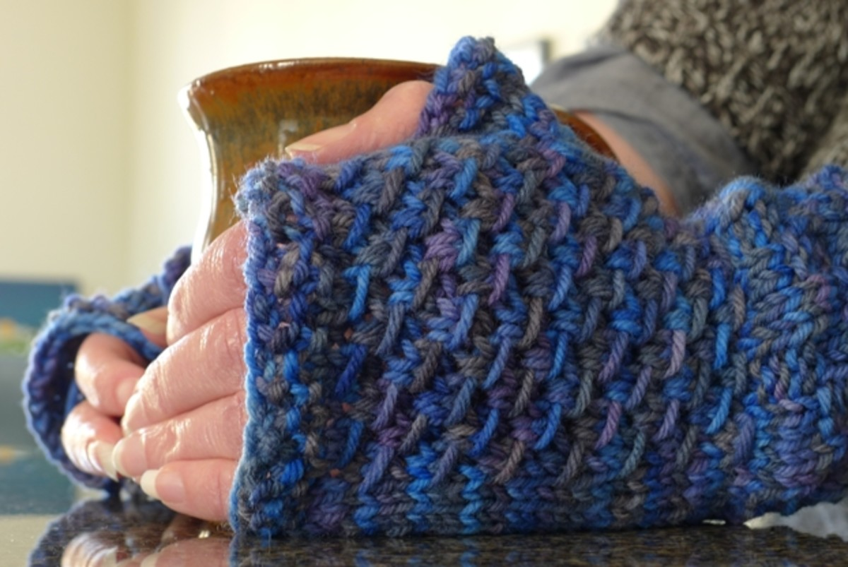 Textured Fingerless Mitts or Gloves