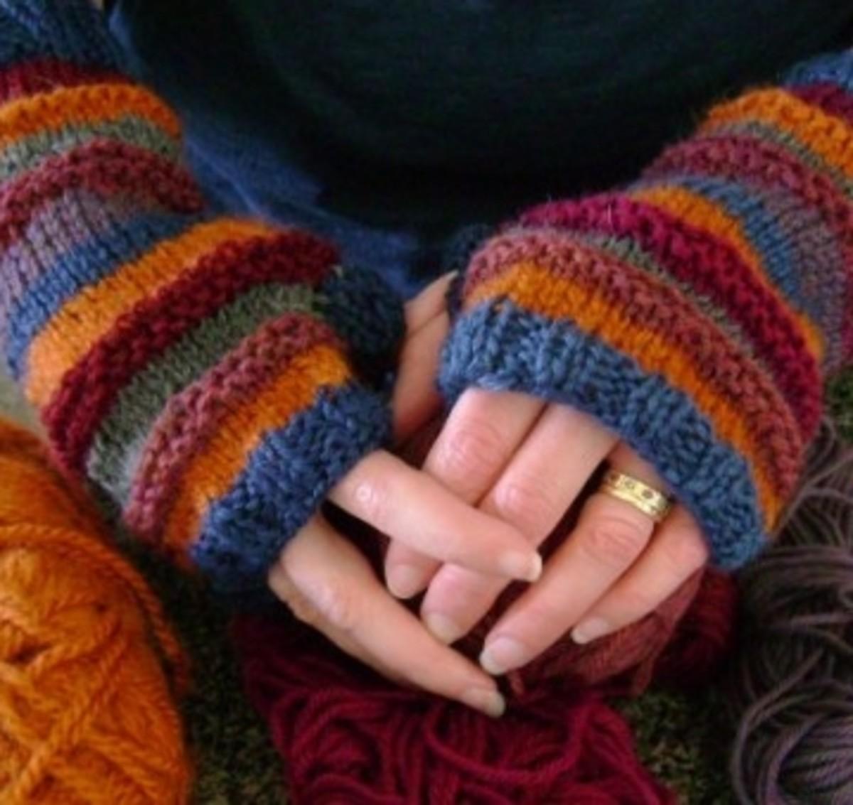Knitting Pattern for the Stash-o-motastic Fingerless Mitts