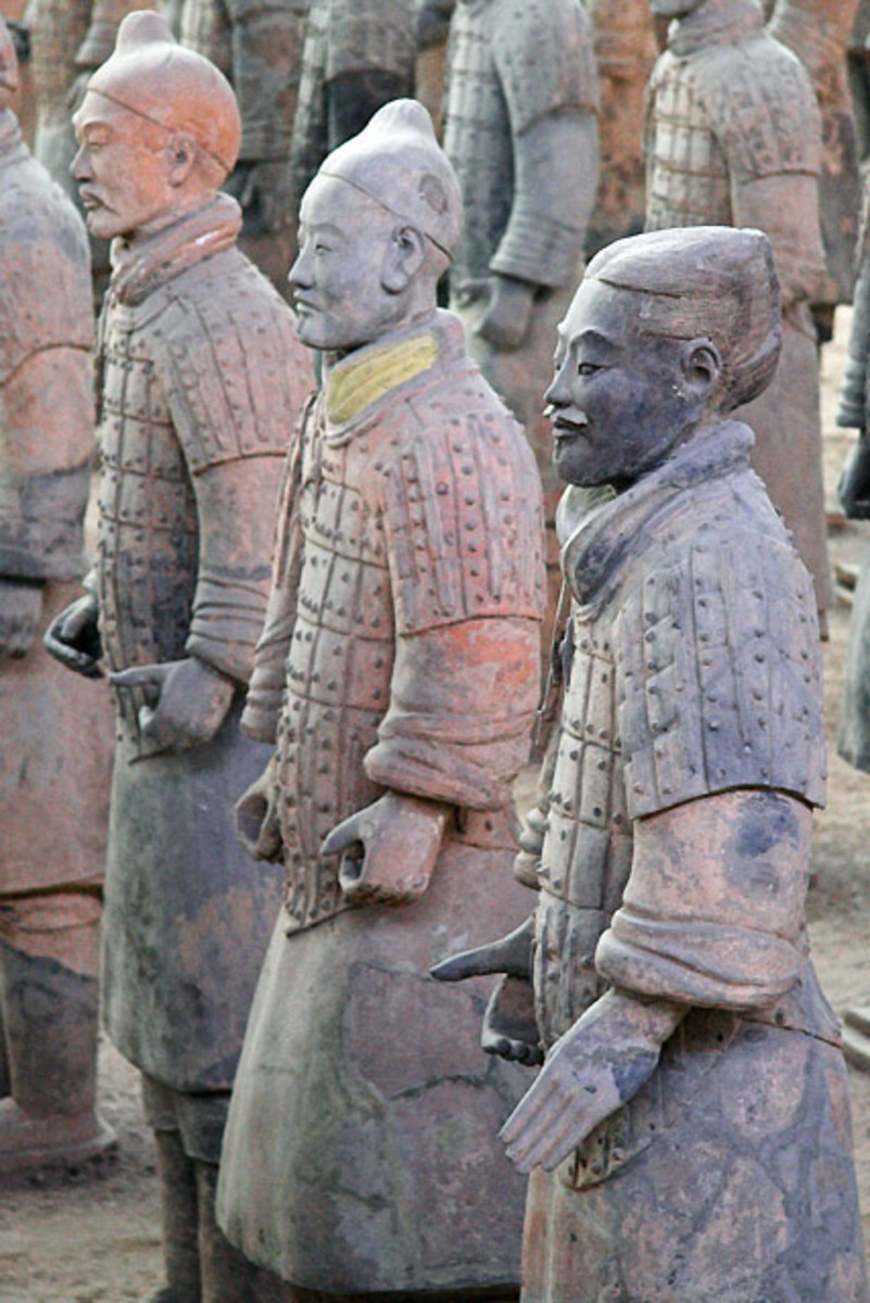The four pits that surround the emperor's tomb contain the terracotta army - one pit alone contains 6,000 figures.