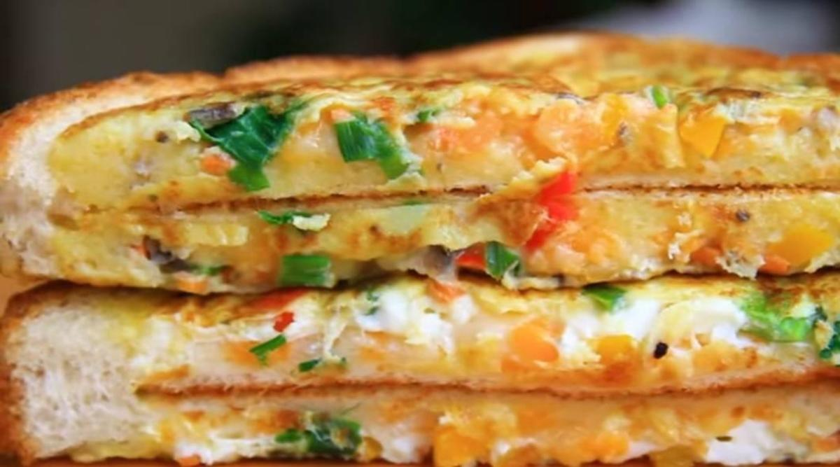 Toast sliced in halves