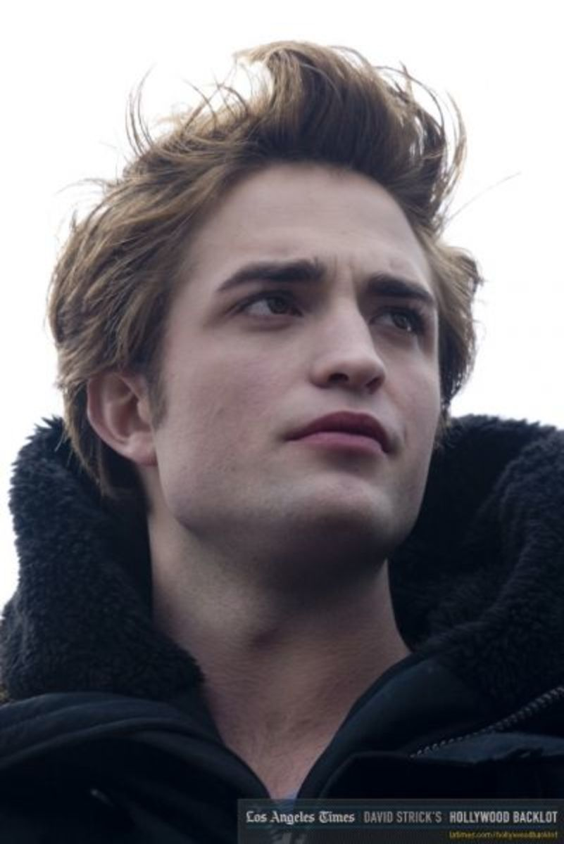 Pattinson as Edward Cullen (latimes.com)