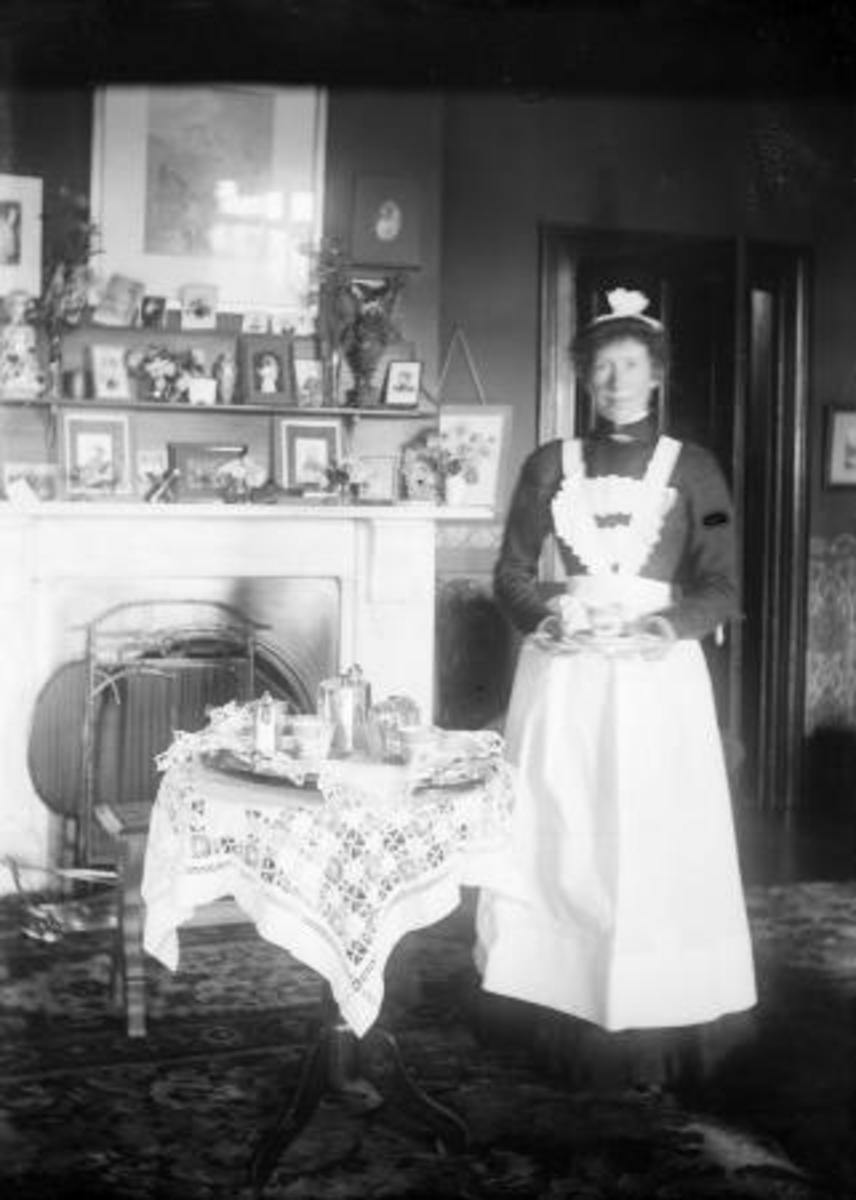 House Maid typical work for a woman before the outbreak of World War 1