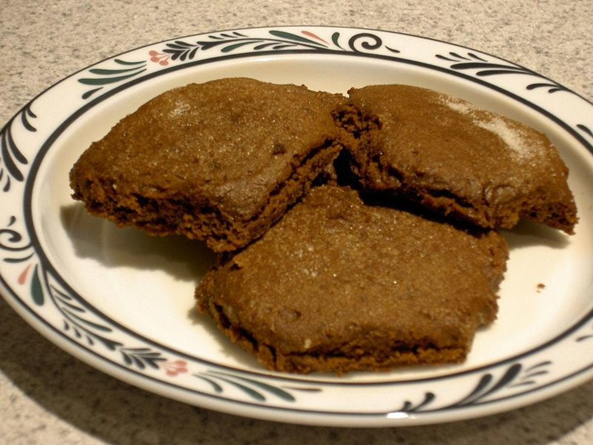 Molasses cookies from the Wikibooks Cookbook recipe