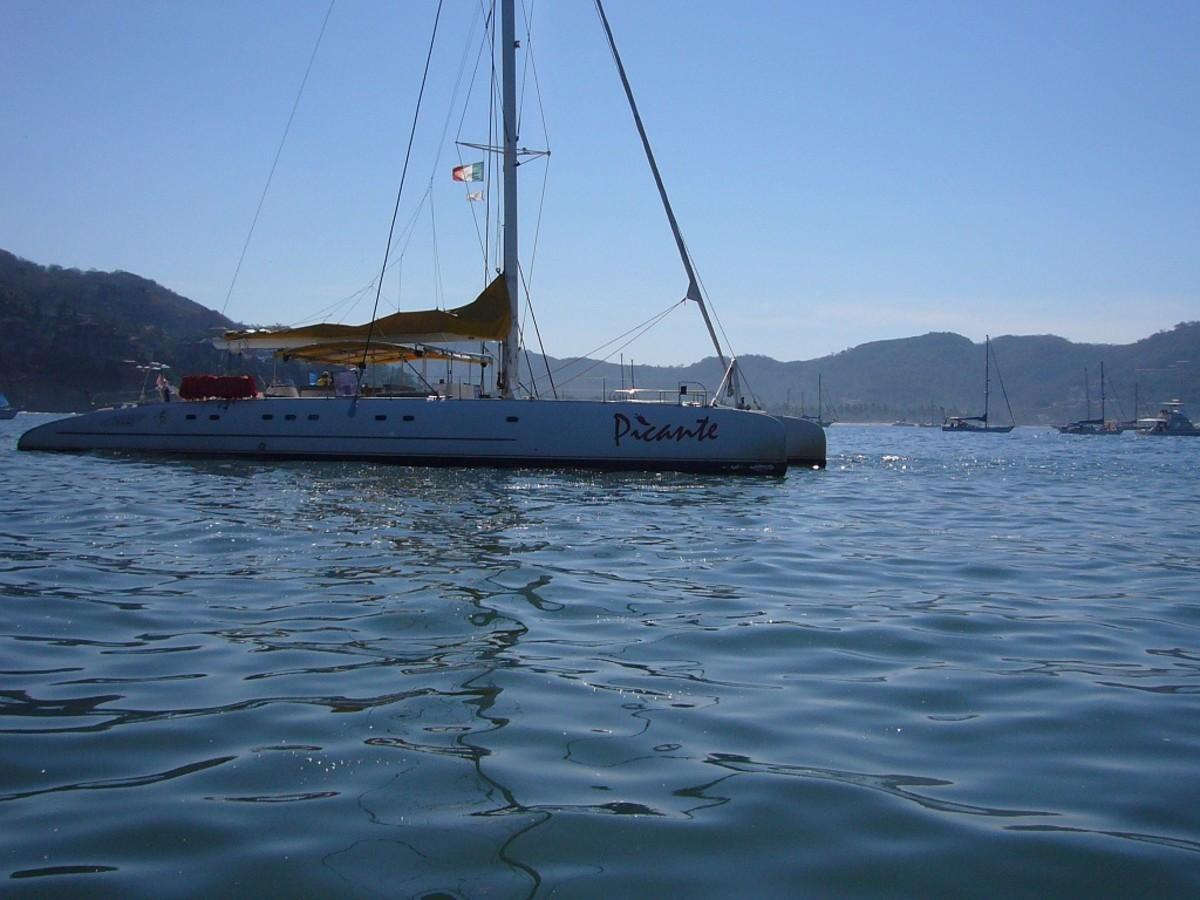Catamaran Picante Xtapa-Zihuatenejo, Mexico
