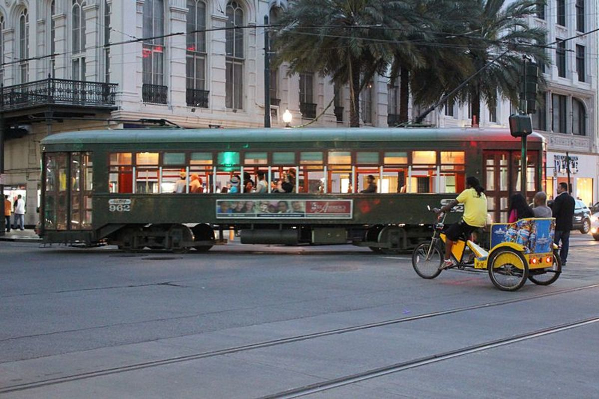 Green Streetcar on Canal Street