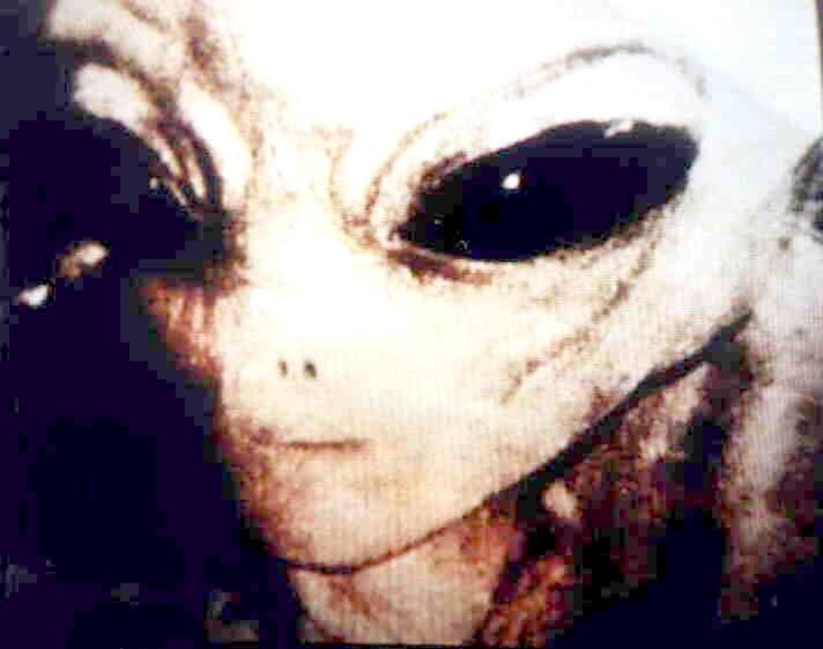 The Masonic Truth Behind Aliens/