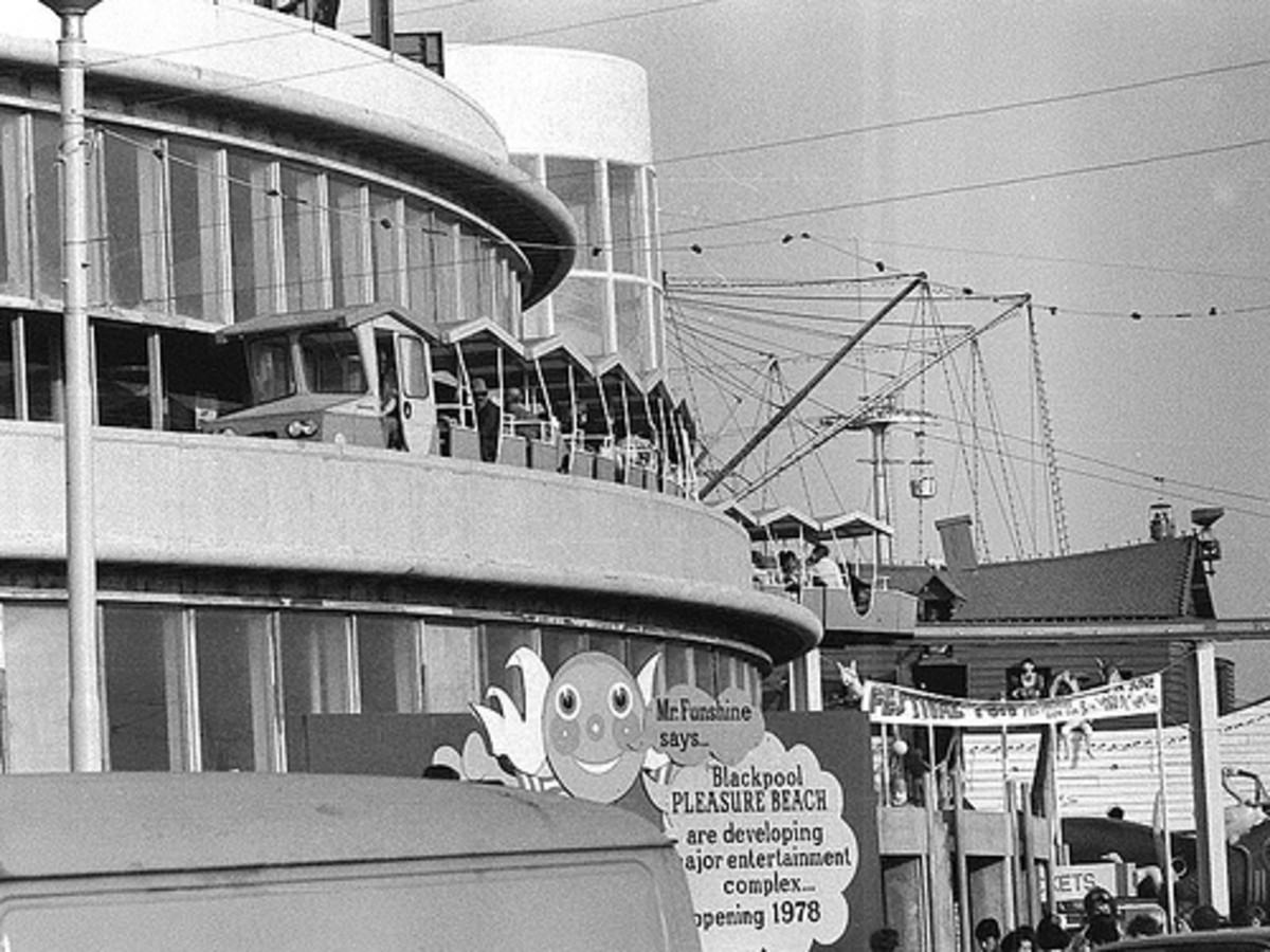 """The Monorail was in its second year and used to go around the White Tower restaurant and Horseshoe Bar building. This was about to be remodelled downstairs into an entertainment complex and enclosed ride along the lines of Disney's """"It's a Small Worl"""