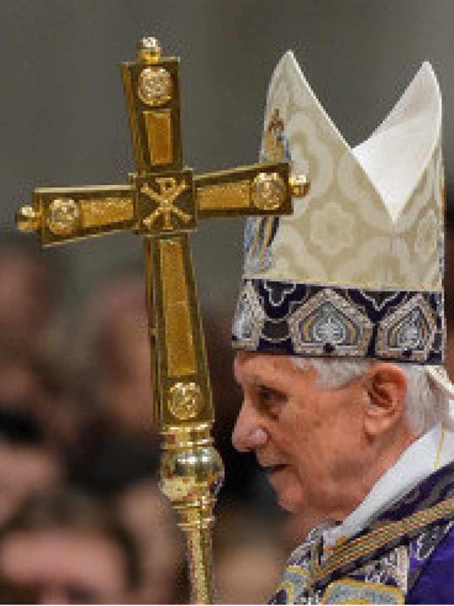 The Pope with the Chi Rho symbol