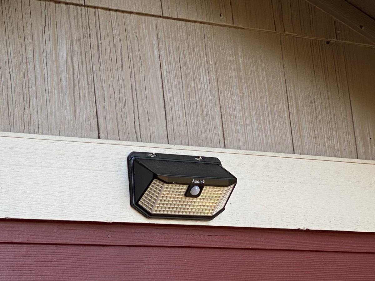 Motion detecting solar lighting for security