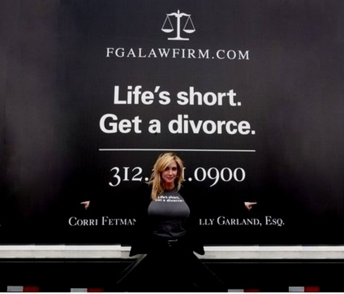 'Life is Short, Get a Divorce'- Chicago Lawyer Billboard Advertisement
