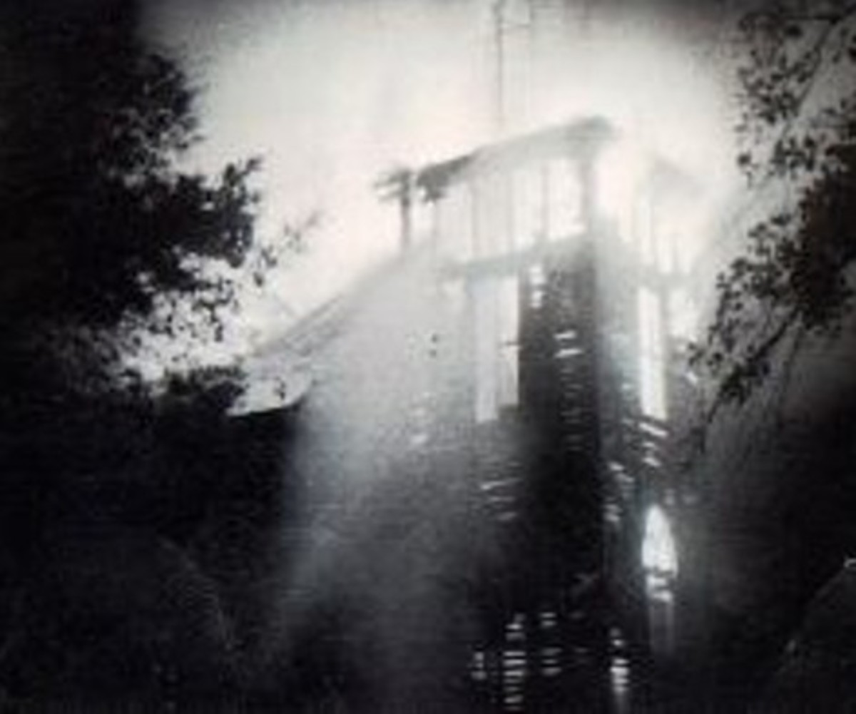 Photo: Methodist Church burning 1938 - Photo courtesy of Martha Jeffries