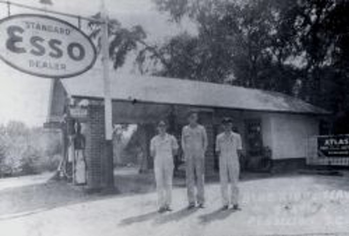 1936 Smith Esso Photo Courtesy of Jim Smith III