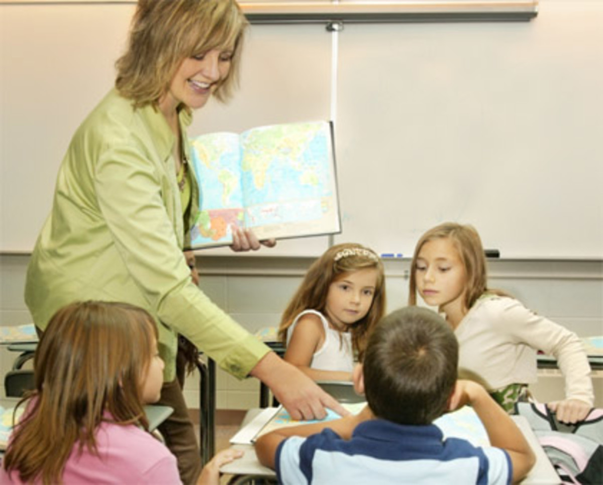 English major can be applied towards teaching credentials.