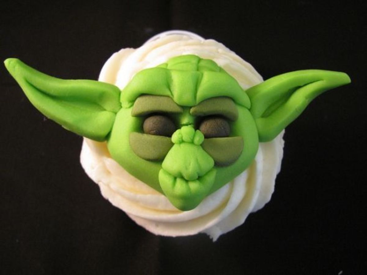 Yoda Cupcake by Melissa Smith aka Zoeycakes on Flickr.com