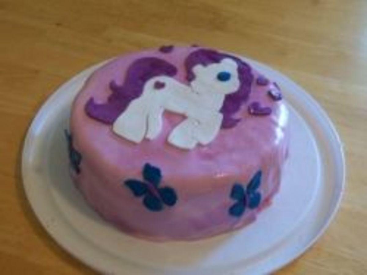 My Little Pony fondant cake