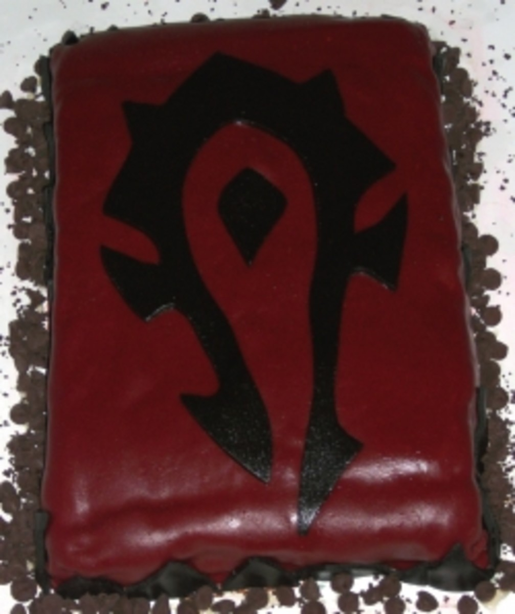 Horde Clan Banner W.O.W. themed cake