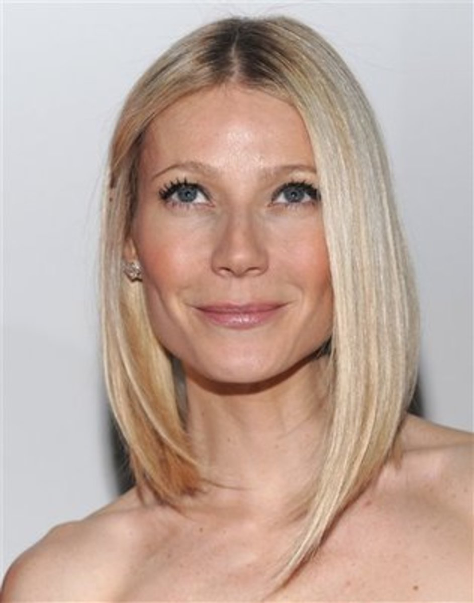 Gwyneth Paltrow's eyebrows are a very light blond, so shaping them isn't as much of an issue. Since they are so light, it is important for them to be a bit fuller than typical eyebrows.