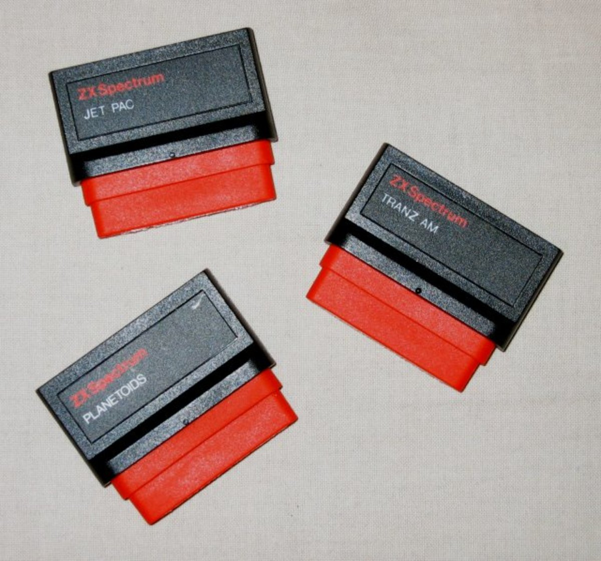 Jetpac, Tranz Am and Planetoids on ROM carts