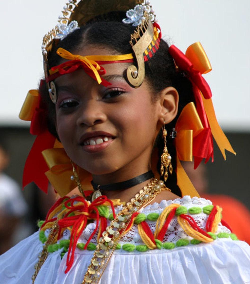 Panama Tradtional Dance Costume