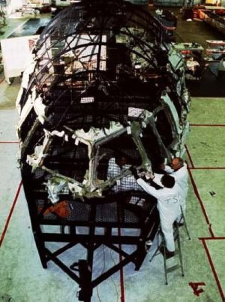 Reconstruction of the cockpit area of a Swissair MD-11 that crashed into the Atlantic Ocean after experiencing an uncontrollable fire aboard