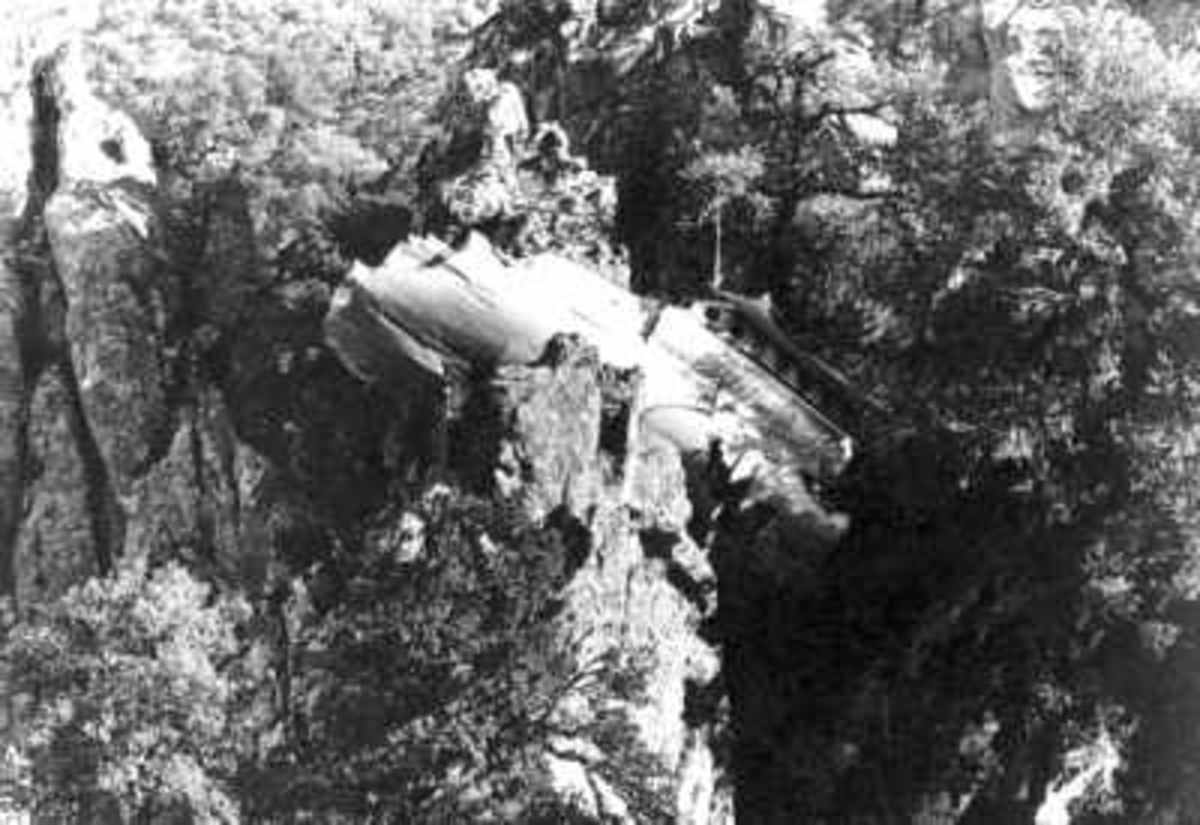 The MD81 crashed into a mountain during an approach to Camp dell Oro Airport in heavy fog. The crew was not properly prepared for the approach. The minimum altitude and maximum speed limits of the holding pattern were probably not retained.