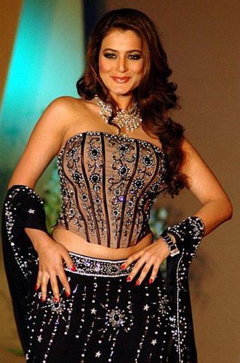 Ameesha Patel (Amisha Patel)