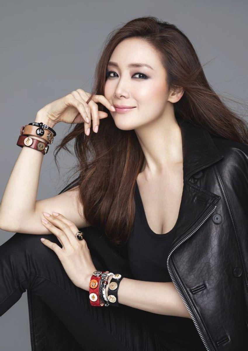 Beautiful Korean Women - Choi Ji-woo