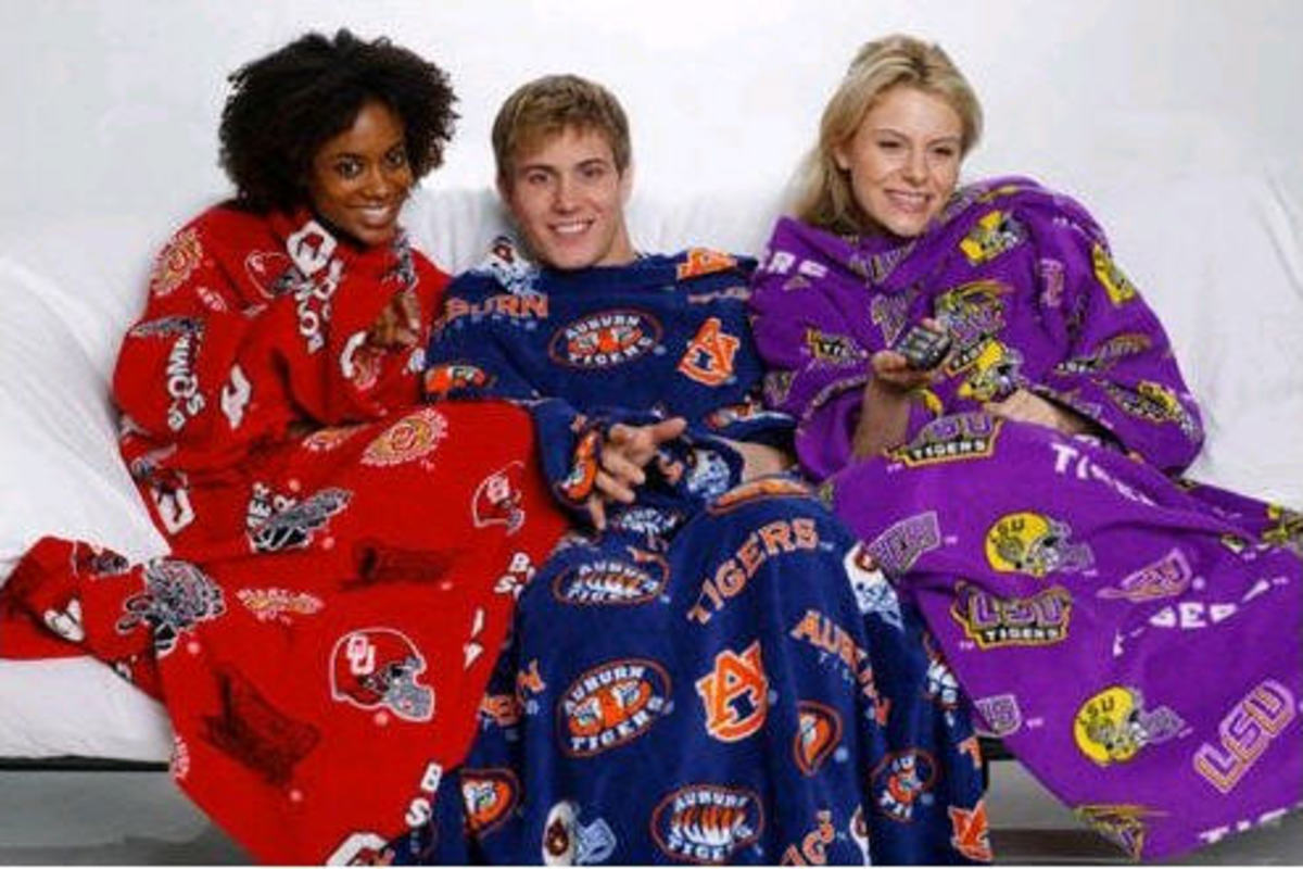 College Snuggy