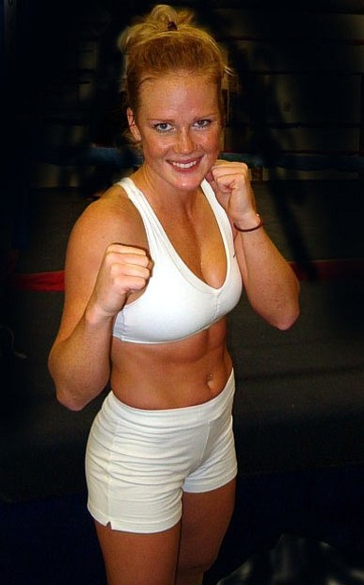 Holly Holm - Female Boxers