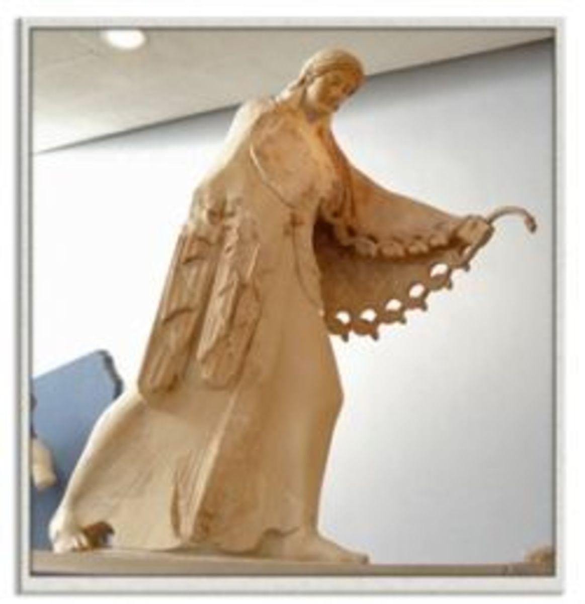 Archaic Athena, Acropolis Museum