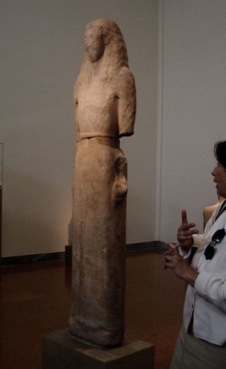 After the Mycenaean collapse around 1000 BCE, there's a long dark age with little surviving art. Then comes this statue, Lady Nikandre, around 560 BCE. She's the first full-sized (or larger) human figure in Greece, the beginning of Archaic style scul