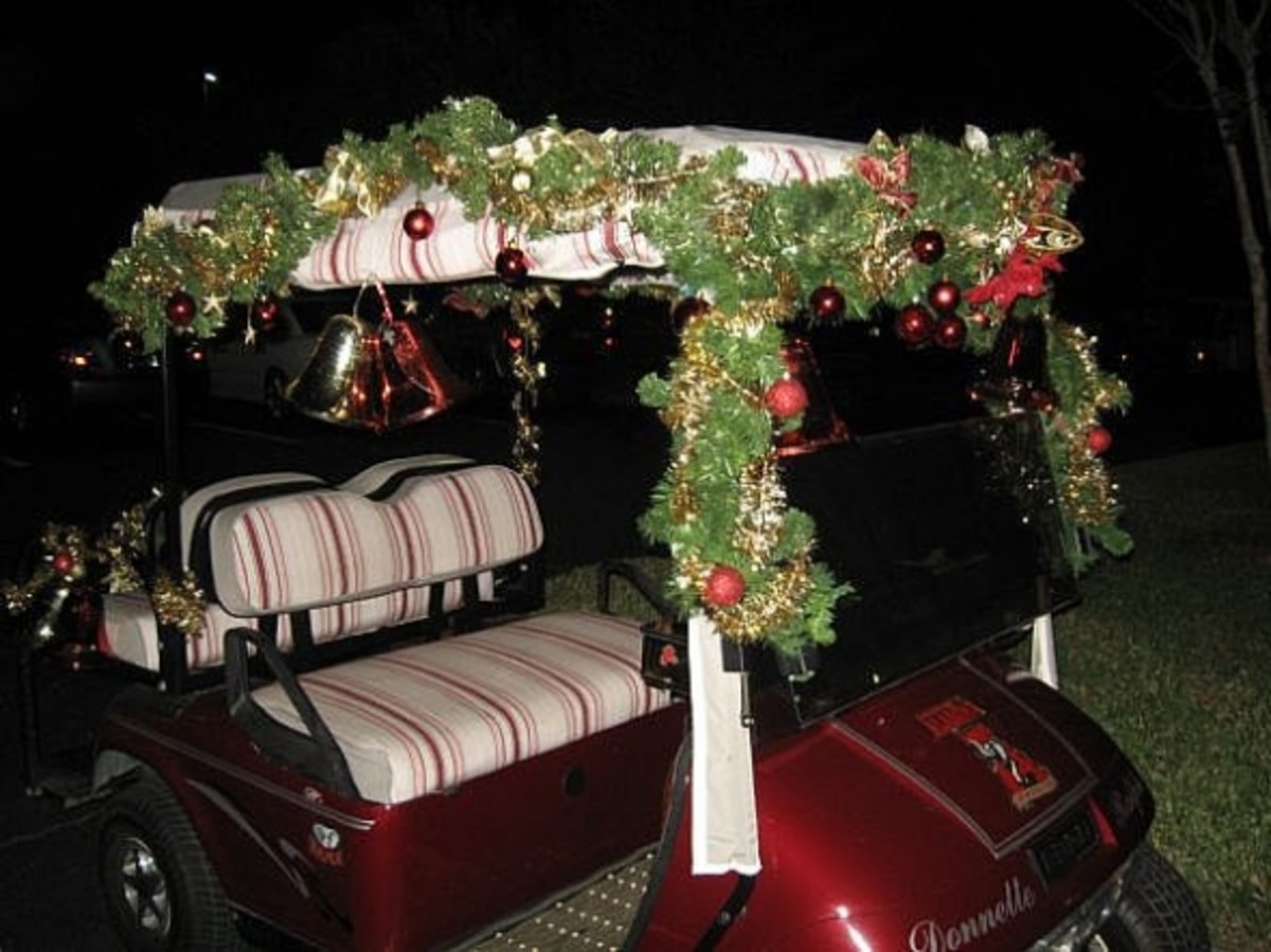Another way to decorate a cart for the holidays